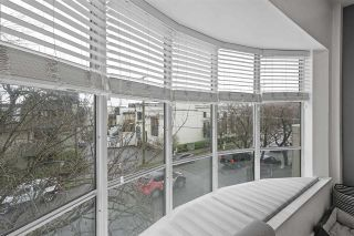 """Photo 5: 306 2216 W 3RD Avenue in Vancouver: Kitsilano Condo for sale in """"Radcliffe Point"""" (Vancouver West)  : MLS®# R2554629"""