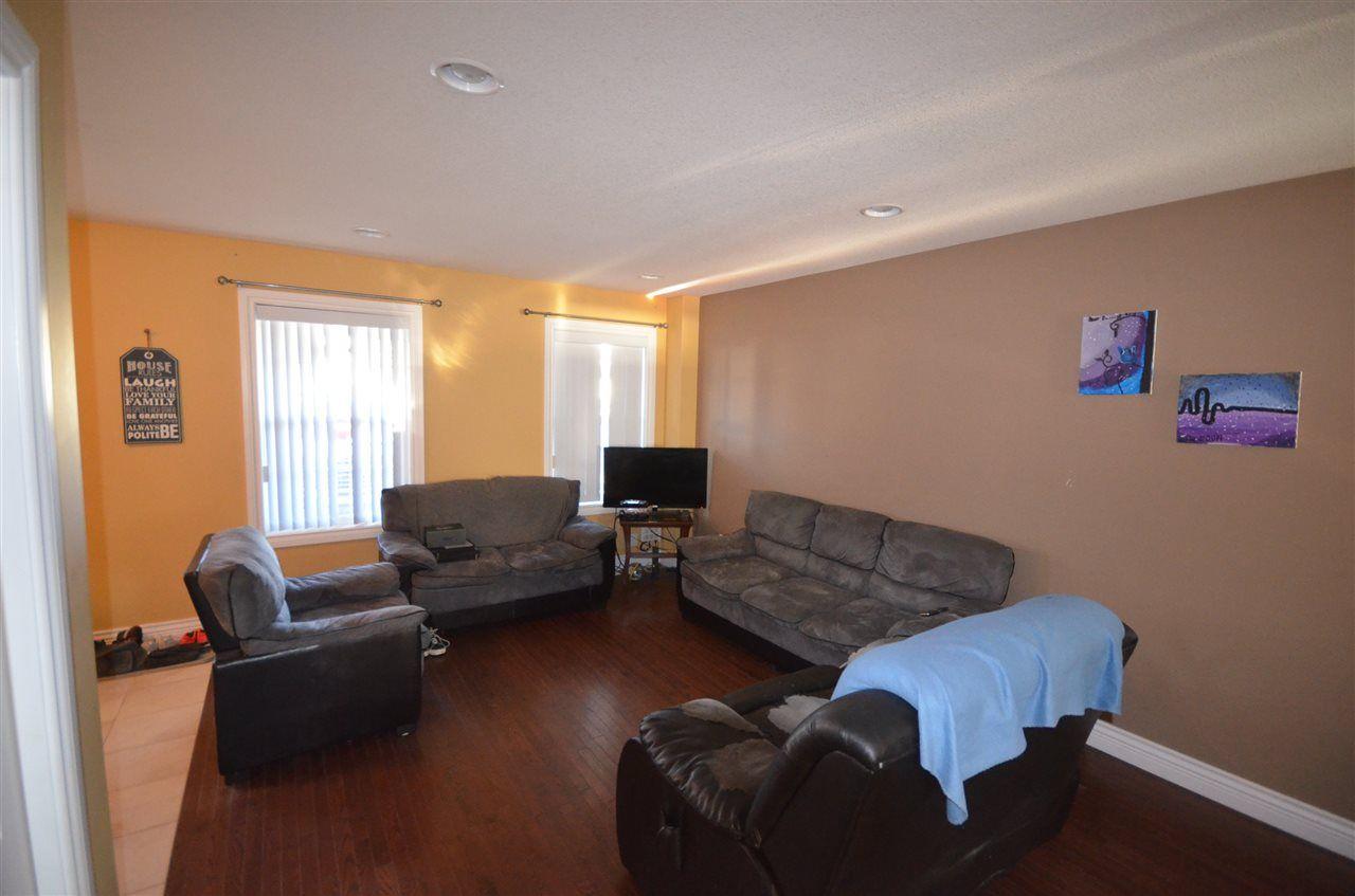"""Photo 2: Photos: 8320 87 Street in Fort St. John: Fort St. John - City SE 1/2 Duplex for sale in """"MATHEWS PARK"""" (Fort St. John (Zone 60))  : MLS®# R2487451"""