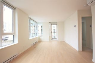 """Photo 7: 1012 7733 FIRBRIDGE Way in Richmond: Brighouse Condo for sale in """"QUINTET TOWER C"""" : MLS®# R2082625"""