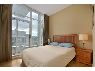 Photo 8: 3601 193 AQUARIUS ME in Vancouver: Yaletown Condo for sale (Vancouver West)  : MLS®# V959931