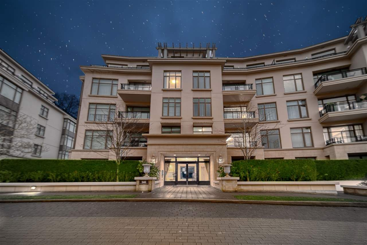 "Main Photo: 401 540 WATERS EDGE Crescent in West Vancouver: Park Royal Condo for sale in ""Water's Edge"" : MLS®# R2561932"