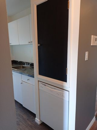Photo 9: 901 10140 120 Street in Edmonton: Zone 12 Condo for sale : MLS®# E4263095