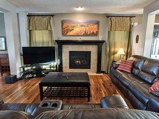 Photo 9: 1324 Kapyong Avenue in Edmonton: Zone 27 House for sale : MLS®# E4221608