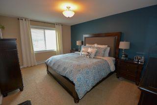 """Photo 6: 10004 117 Avenue in Fort St. John: Fort St. John - City NW 1/2 Duplex for sale in """"GARRISON LANDING"""" (Fort St. John (Zone 60))  : MLS®# R2395765"""