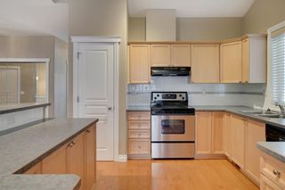 Photo 11: 212 SIMCOE Place SW in Calgary: Signal Hill Semi Detached for sale : MLS®# C4293353