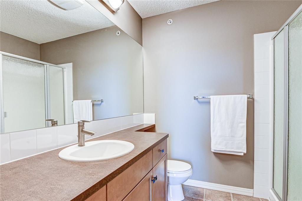 Photo 11: Photos: 430 1 Crystal Green Lane: Okotoks Apartment for sale : MLS®# C4271278