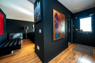 Photo 3: 1132 14 Avenue SW in Calgary: Beltline Row/Townhouse for sale : MLS®# A1133789