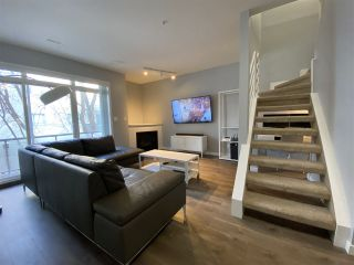 Photo 3: 116 10717 83 Avenue in Edmonton: Zone 15 Condo for sale : MLS®# E4228997