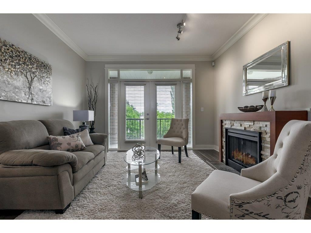 """Main Photo: 318 5430 201 Street in Langley: Langley City Condo for sale in """"The Sonnet"""" : MLS®# R2282213"""