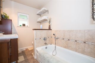 Photo 34: 2705 HENRY Street in Port Moody: Port Moody Centre House for sale : MLS®# R2087700