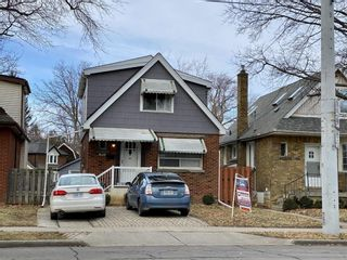 Photo 2: 1106 KING Street W in Hamilton: House for sale : MLS®# H4069905