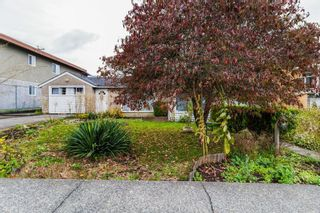 Photo 2: 2219 E 25TH Avenue in Vancouver: Collingwood VE House for sale (Vancouver East)  : MLS®# R2624628