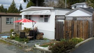 Photo 2: 33 2587 Selwyn Rd in : La Mill Hill Manufactured Home for sale (Langford)  : MLS®# 871365