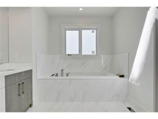 Photo 24: 2613 33 Street SW in Calgary: Killarney_Glengarry House for sale : MLS®# C4034829