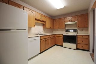 """Photo 6: 312 31850 UNION Avenue in Abbotsford: Abbotsford West Condo for sale in """"Fernwood Manor"""" : MLS®# R2225824"""