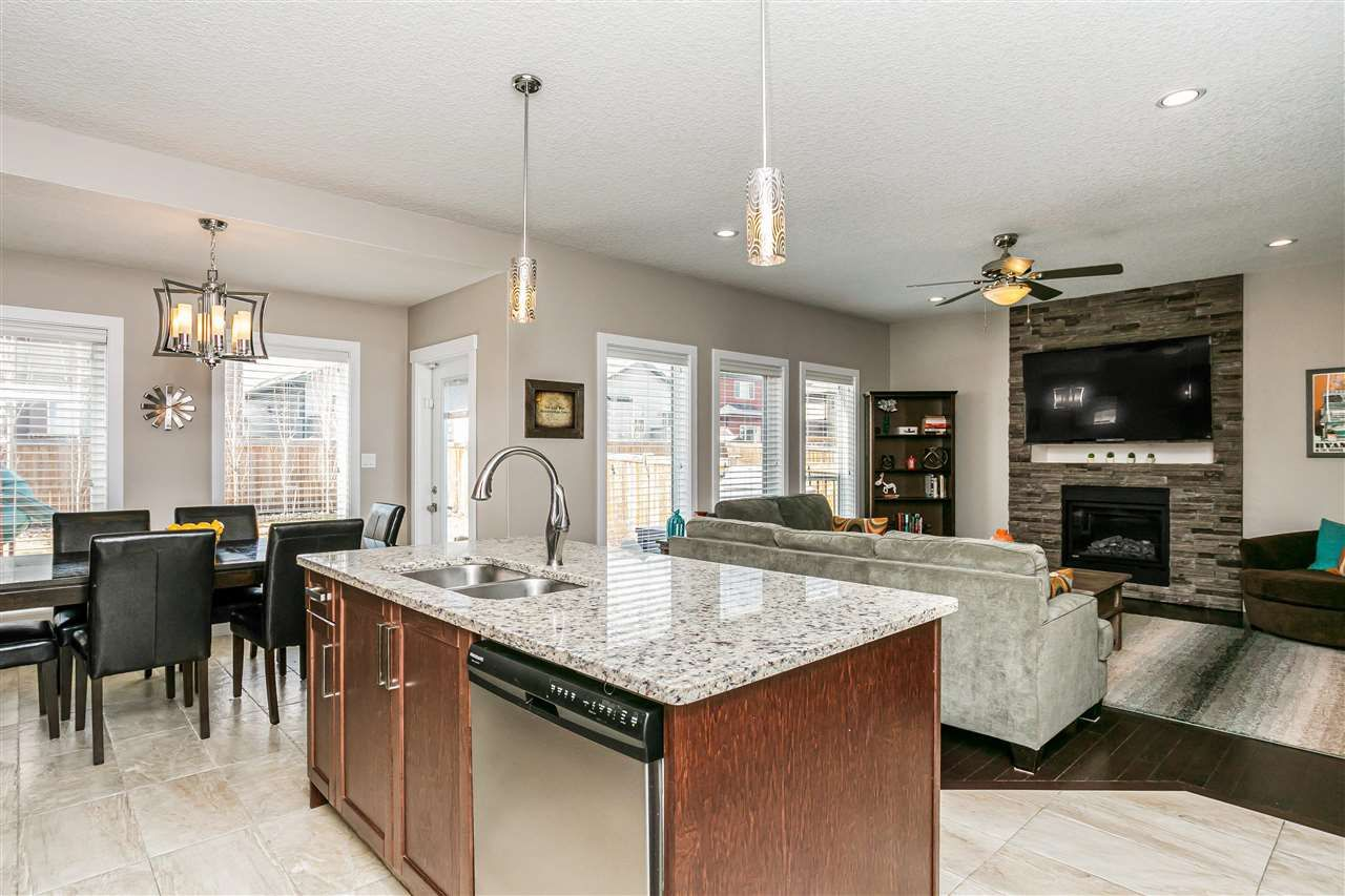 Main Photo: 16526 130A Street in Edmonton: Zone 27 House for sale : MLS®# E4243446