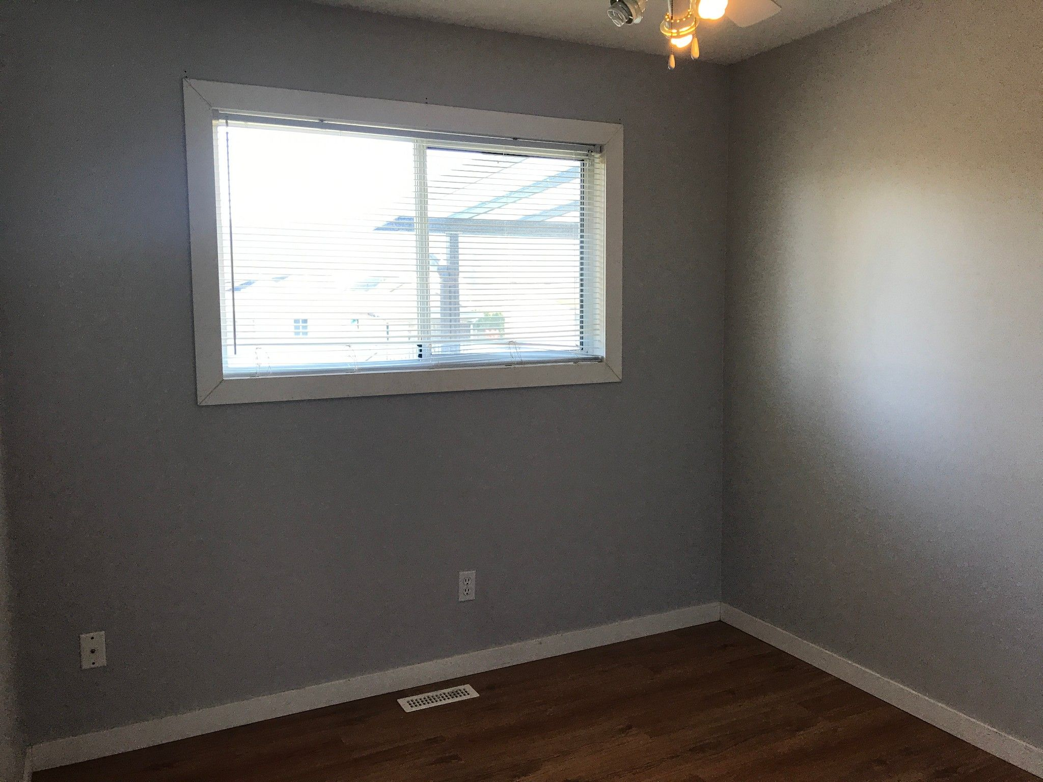 Photo 11: Photos: 5616 Hipwell Pl. in Sardis: House for rent