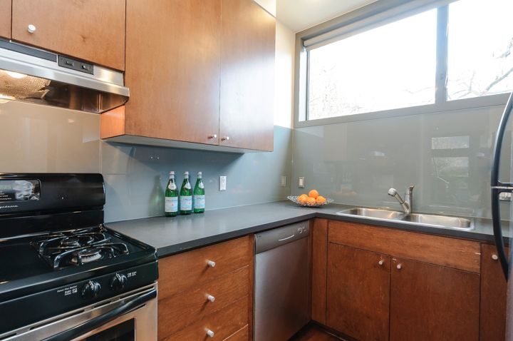 Photo 19: Photos: 3119 Prince Edward Street in Vancouver: Mount Pleasant VE Townhouse for sale (Vancouver East)  : MLS®# R2028836