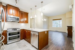 Photo 9: 504 3585 146A Street in Surrey: King George Corridor Condo for sale (South Surrey White Rock)  : MLS®# R2618066