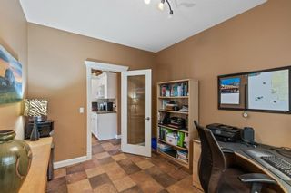 Photo 17: 61 Strathridge Crescent SW in Calgary: Strathcona Park Detached for sale : MLS®# A1152983