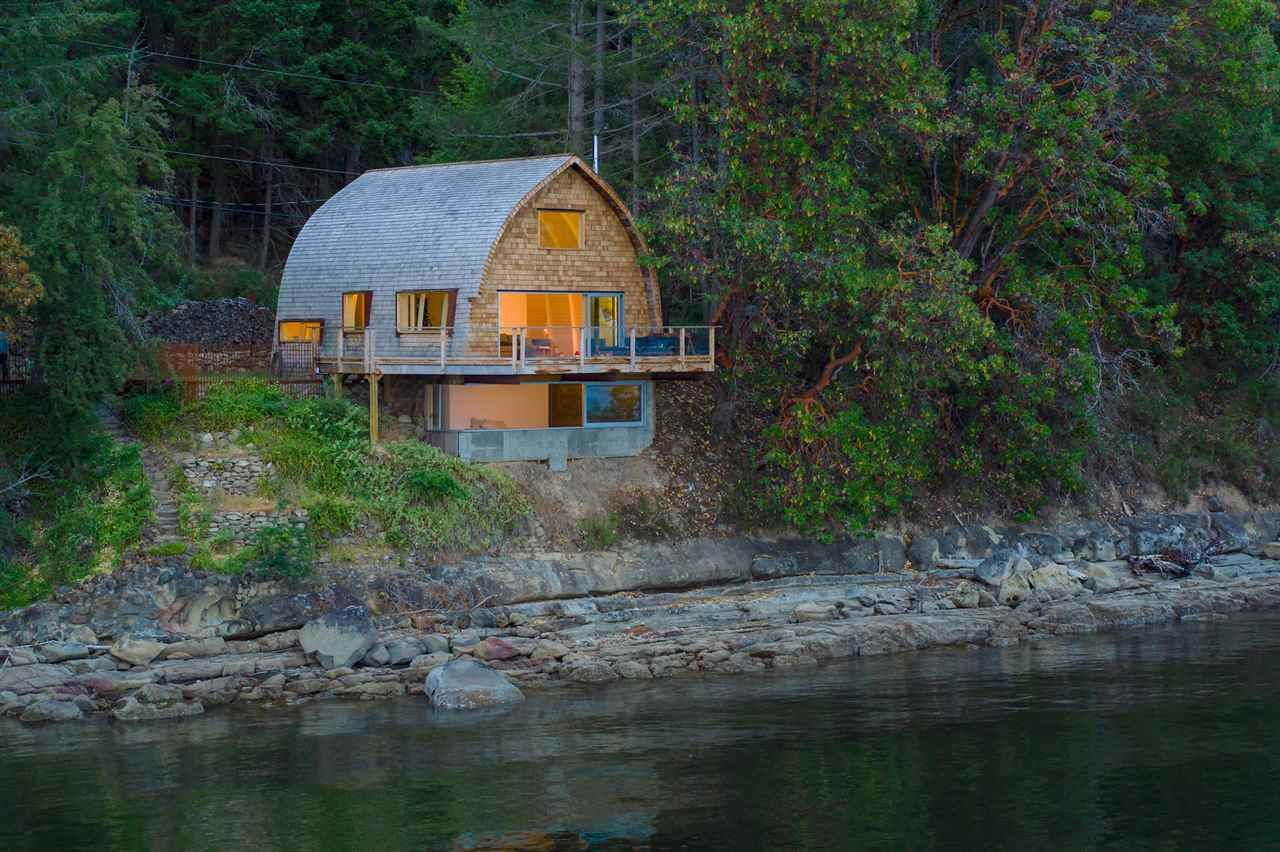 Main Photo: 21455 PORLIER PASS Road: Galiano Island House for sale (Islands-Van. & Gulf)  : MLS®# R2391023