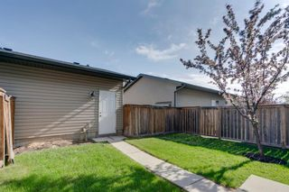 Photo 3: 2516 Eversyde Avenue SW in Calgary: Evergreen Row/Townhouse for sale : MLS®# A1117867