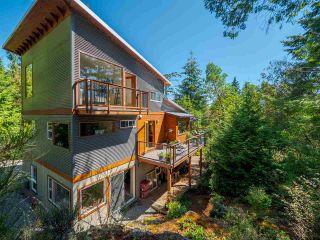 Photo 1: 5599 CURRAN Road in Halfmoon Bay: Halfmn Bay Secret Cv Redroofs House for sale (Sunshine Coast)  : MLS®# R2491193