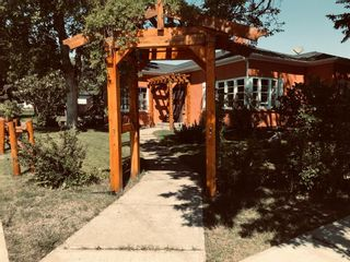 Photo 1: For Sale: 405 3rd Avenue W, Cardston, T0K 0K0 - A1120549