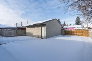 Photo 26: 6912 15 Avenue SE in Calgary: Applewood Park Detached for sale : MLS®# A1068725