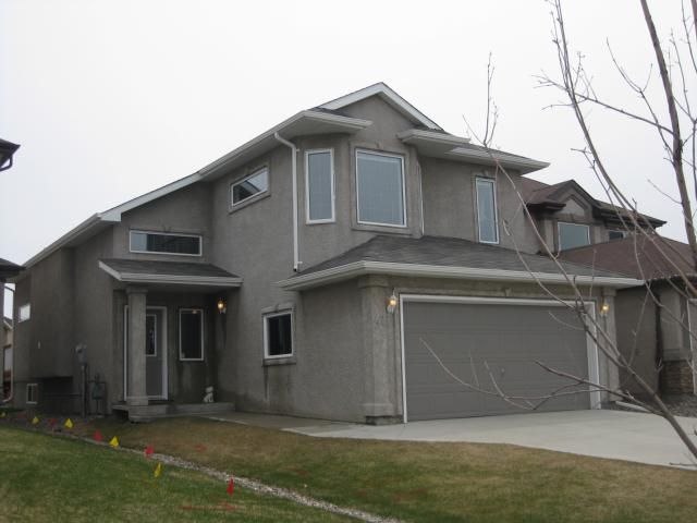 Main Photo: 47 AL THOMPSON Drive in WINNIPEG: North Kildonan Residential for sale (North East Winnipeg)  : MLS®# 1108354