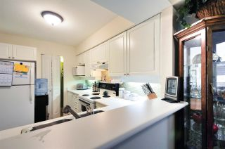 "Photo 5: 202B 7025 STRIDE Avenue in Burnaby: Edmonds BE Condo for sale in ""SOMERSET HILL"" (Burnaby East)  : MLS®# R2056224"