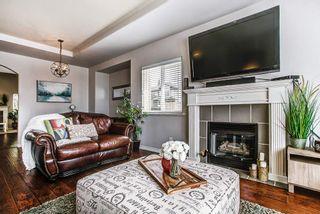 "Photo 3: 23855 ZERON Avenue in Maple Ridge: Albion House for sale in ""KANAKA RIDGE ESTATES"" : MLS®# R2156931"
