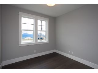 """Photo 3: 35437 EAGLE SUMMIT Drive in Abbotsford: Abbotsford East House for sale in """"THE SUMMIT @ EAGLE MOUNTAIN"""" : MLS®# R2045138"""