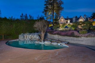 """Photo 34: 13778 MARINE Drive: White Rock House for sale in """"WHITE ROCK"""" (South Surrey White Rock)  : MLS®# R2568482"""