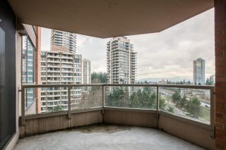 """Photo 4: 1005 4350 BERESFORD Street in Burnaby: Metrotown Condo for sale in """"Carlton on the Park"""" (Burnaby South)  : MLS®# R2226069"""