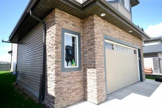 Photo 3: 3658 CLAXTON Place in Edmonton: Zone 55 House for sale : MLS®# E4241454