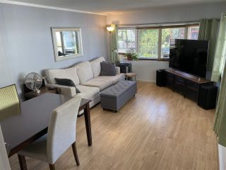 """Photo 1: 74 7790 KING GEORGE Boulevard in Surrey: East Newton Manufactured Home for sale in """"CRISPEN BAYS"""" : MLS®# R2489306"""