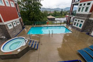 "Photo 1: 2 2238 WHATCOM Road in Abbotsford: Abbotsford East Condo for sale in ""WaterLeaf"" : MLS®# R2502542"