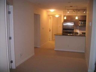 """Photo 2: 813 AGNES Street in New Westminster: Downtown NW Condo for sale in """"NEWS"""" : MLS®# V626336"""