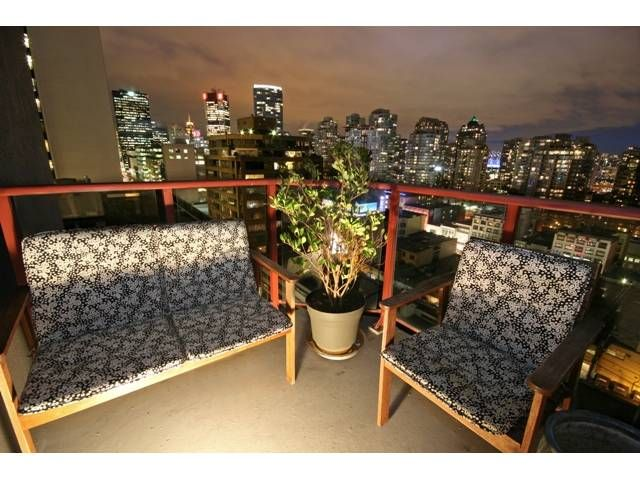 """Main Photo: 1407 811 HELMCKEN Street in Vancouver: Downtown VW Condo for sale in """"IMPERIAL TOWER"""" (Vancouver West)  : MLS®# V990831"""