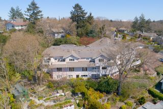 Photo 3: 106 1196 Clovelly Terr in : SE Maplewood Row/Townhouse for sale (Saanich East)  : MLS®# 872459