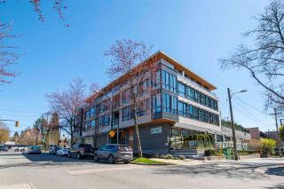 "Main Photo: 401 5325 WEST BOULEVARD in Vancouver: Kerrisdale Condo for sale in ""THE BOULEVARD"" (Vancouver West)  : MLS®# R2566391"
