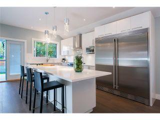 Photo 2: 1630 E 13TH AV in Vancouver: Grandview VE House for sale (Vancouver East)  : MLS®# V1032221