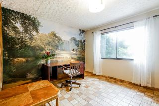 """Photo 13: 3758 CAMBRIDGE Street in Burnaby: Vancouver Heights House for sale in """"The Heights"""" (Burnaby North)  : MLS®# R2620243"""