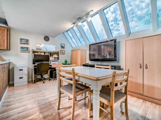 """Photo 13: 8551 WILDERNESS Court in Burnaby: Forest Hills BN Townhouse for sale in """"Simon Fraser Village"""" (Burnaby North)  : MLS®# R2490108"""