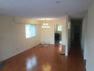 Photo 3: 15 FELL Avenue in Burnaby: Capitol Hill BN House for sale (Burnaby North)  : MLS®# R2592005