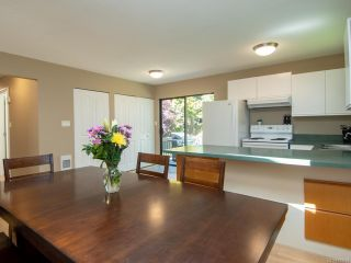 Photo 7: 2860B COUNTRY Close in CAMPBELL RIVER: CR Willow Point Half Duplex for sale (Campbell River)  : MLS®# 813934