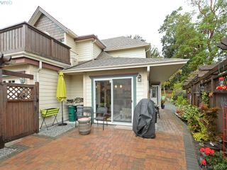 Photo 2: 32 108 Aldersmith Pl in VICTORIA: VR Glentana Row/Townhouse for sale (View Royal)  : MLS®# 770971