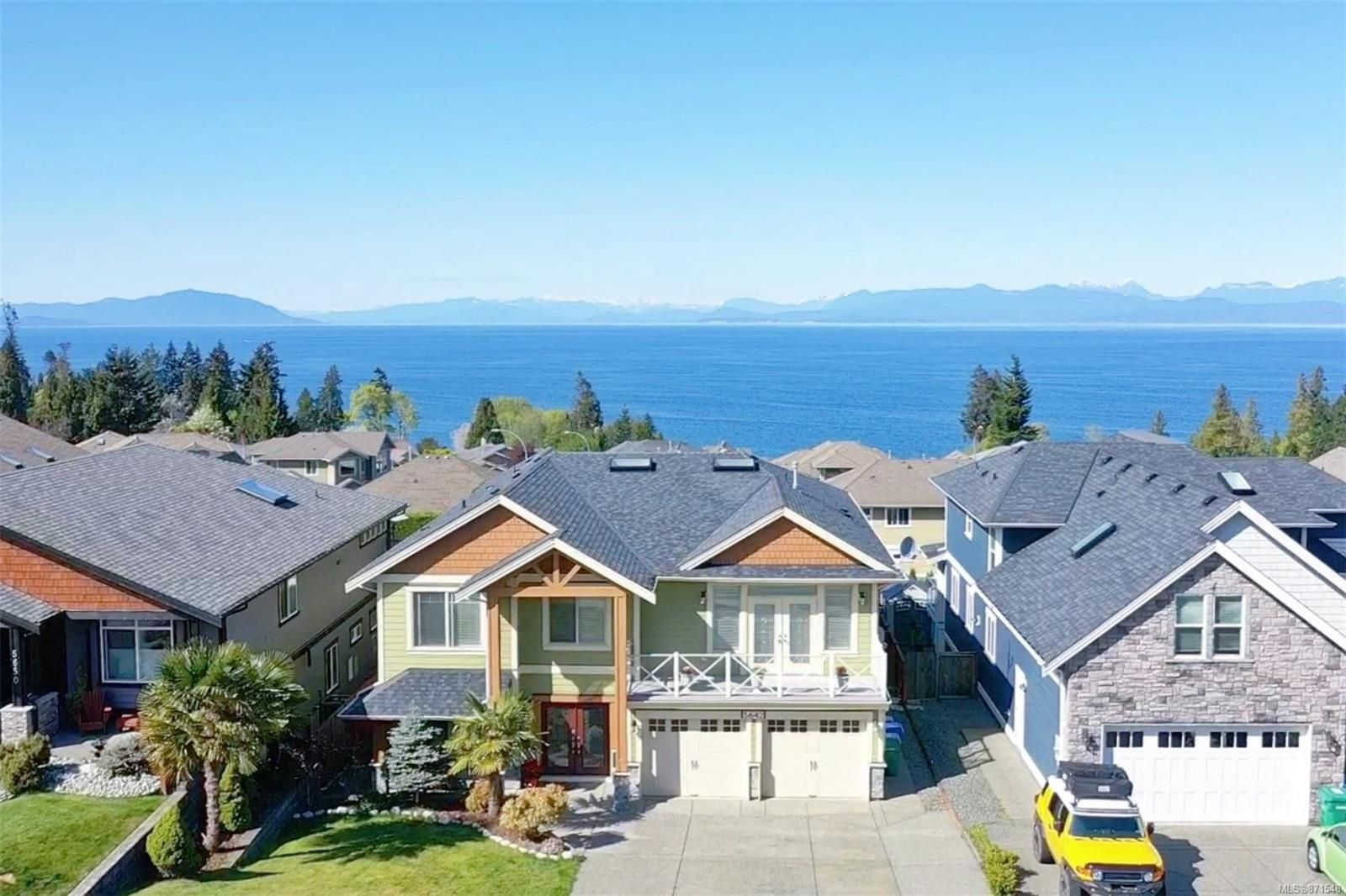 Main Photo: 5642 Oceanview Terr in : Na North Nanaimo House for sale (Nanaimo)  : MLS®# 871548