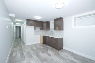 Photo 14: 757 E 59TH Avenue in Vancouver: South Vancouver House for sale (Vancouver East)  : MLS®# R2421313